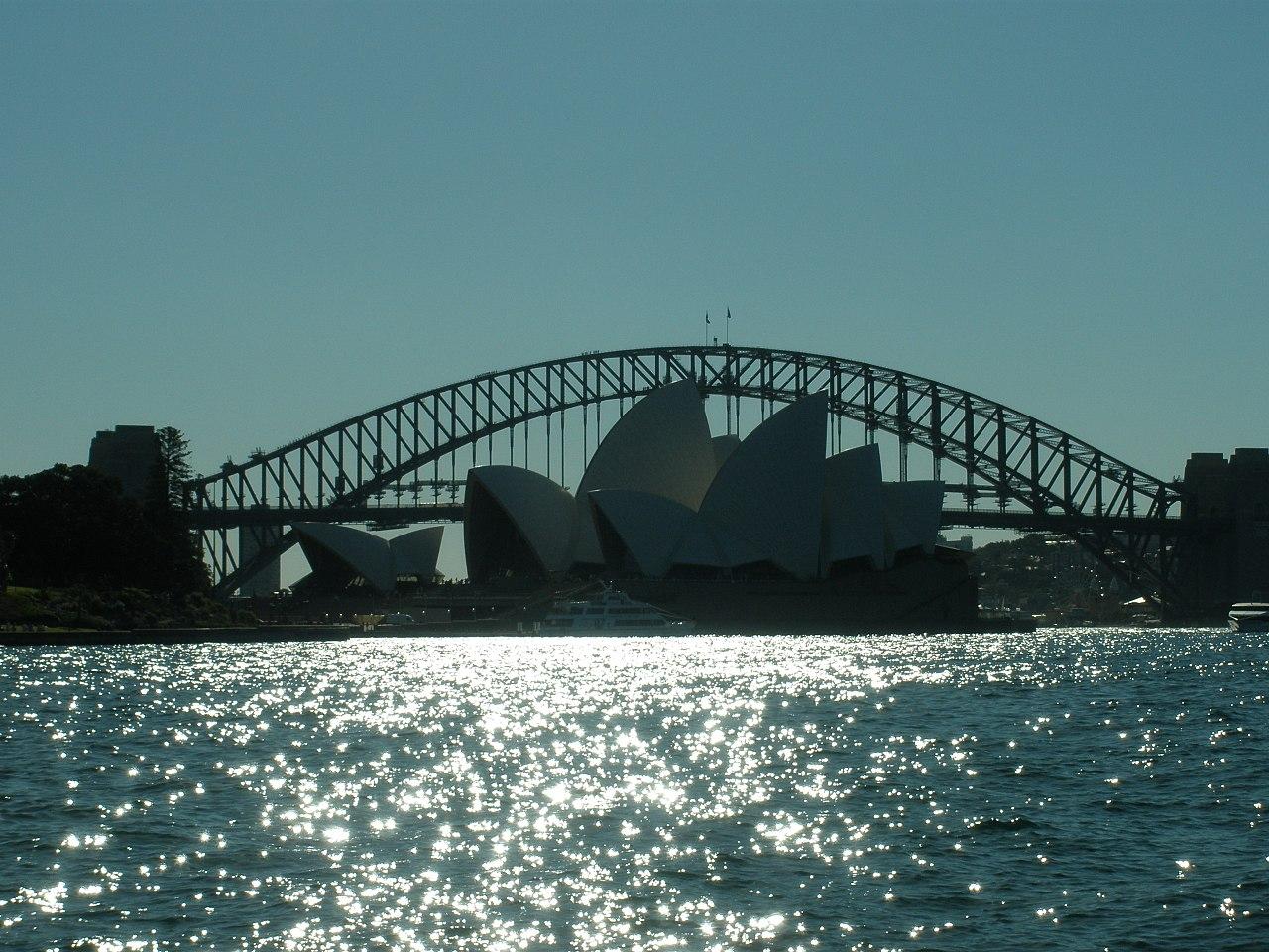 1280px-Sydney_Harbour_Bridge_with_the_Opera_House