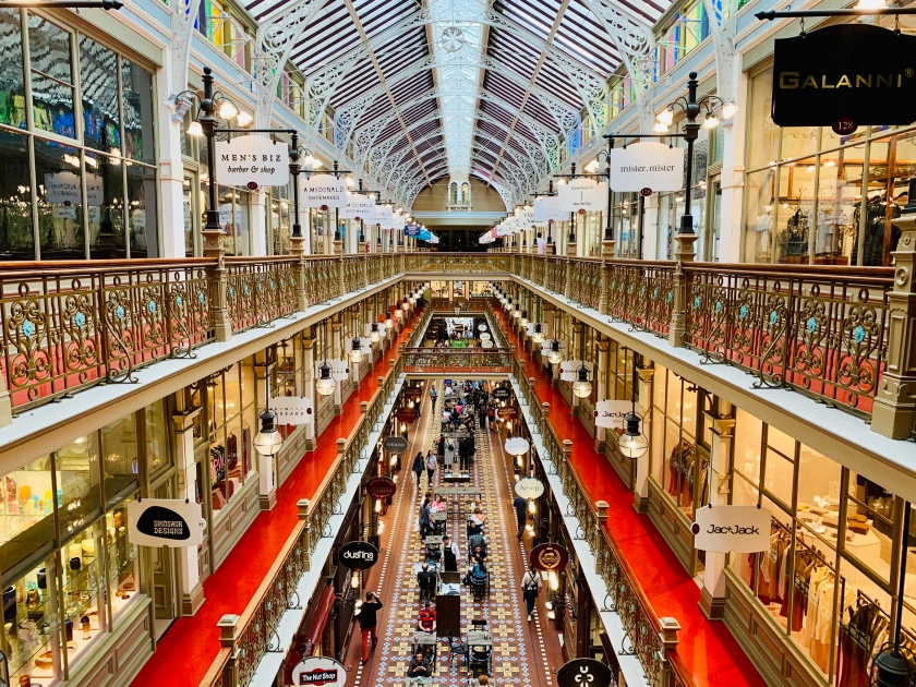 The_Strand_Arcade_interior_photographed_from_the_top_level,_Sydney_02